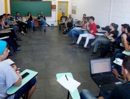 faculdade_historia_curso (3).jpg